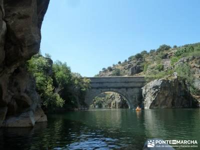 Piragua El Atazar;clubs montaña madrid viajes mayo clubs de montaña madrid